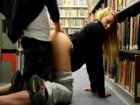 Prise en saillie à la bibliothèque