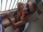 Petite blonde BCBG sodomisée sur son balcon