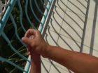 Pipe et branlette sur le balcon